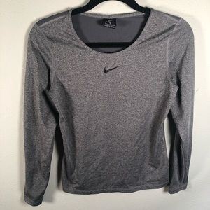 Nike dri-fit work out long sleeve T✨